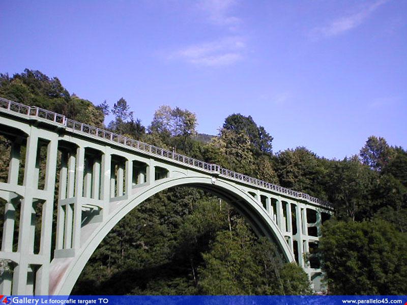 Le plug in un ibrido dell 39 ibrido google groups for Foto di ponti su case